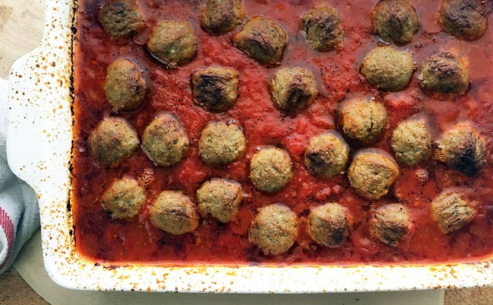 Easy roasted frozen meatballs in marinara sauce.